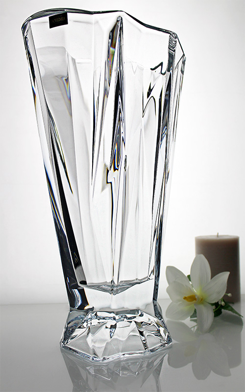 Jarr n florero iceberg el cristal con las formas del for Jarron cristal