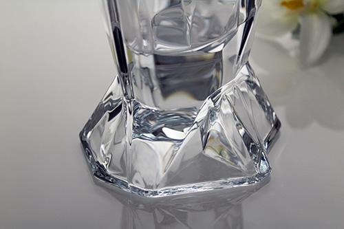 detalle jarrón de cristal angle
