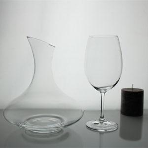 Estuche de regalo 2 copas y decantador de vino de cristal for Copas bohemia